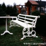 Renovation of cast iron - antique bench after renovation and reconstruction - white